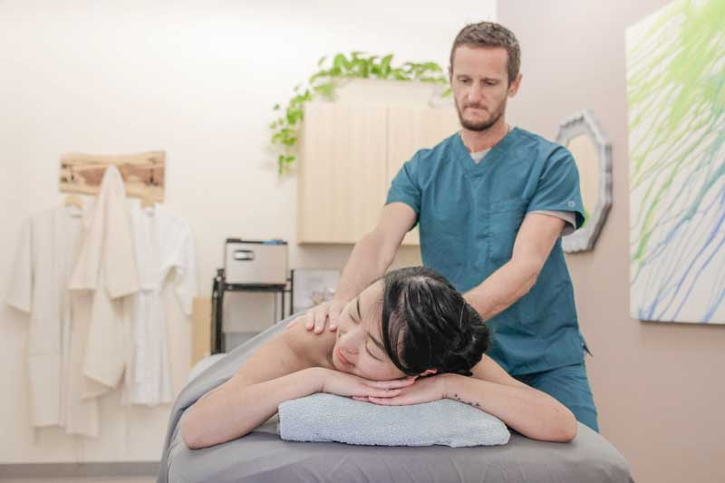 woman getting massage in Hernando County